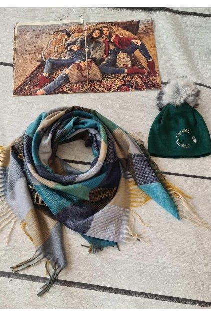 sladěný set čepice a šátku v modré tip na vánoční dárek