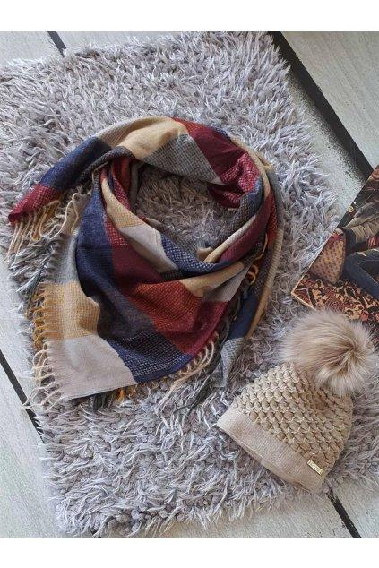 Sladěný set čepice a šátku v bodo béžové barvě