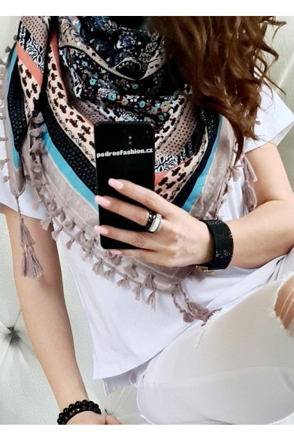 sefaris šátek béžová barva slabší materiál trendy tip na dárek