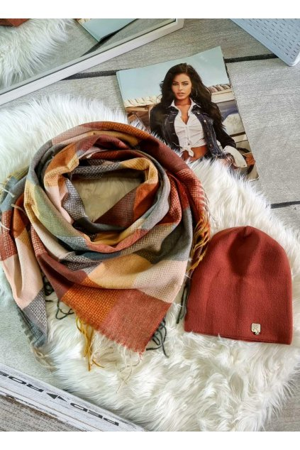 sladěný set čepice a šátku do koňak barvy tip na dárek pro ženu dívku