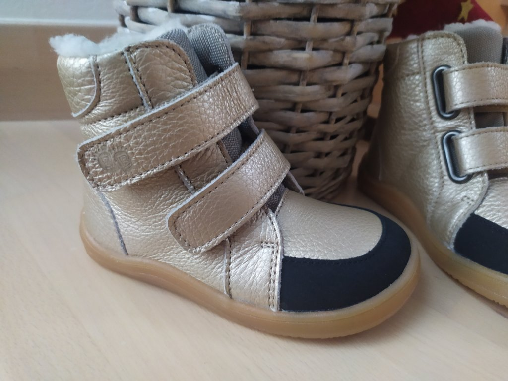 Baby Bare Shoes FEBO WINTER GOLD s okopom