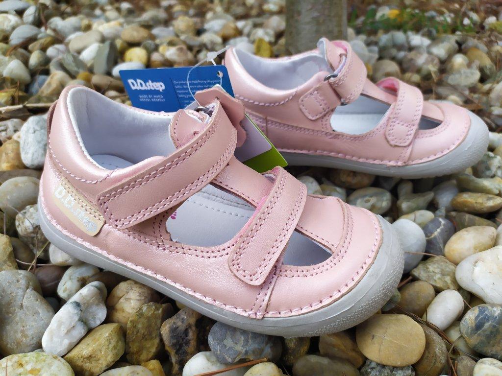 Barefoot sandálky D.D. Step Pink 063-237CM