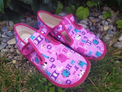 Beda papuče ružové písmenká