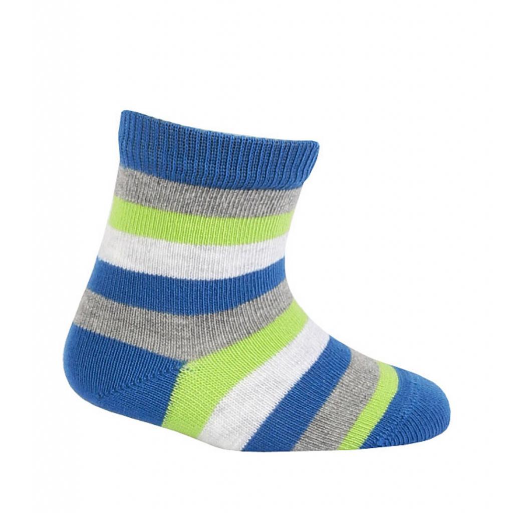 Chlapčenské vzorované ponožky WOLA PRÚŽKY modré