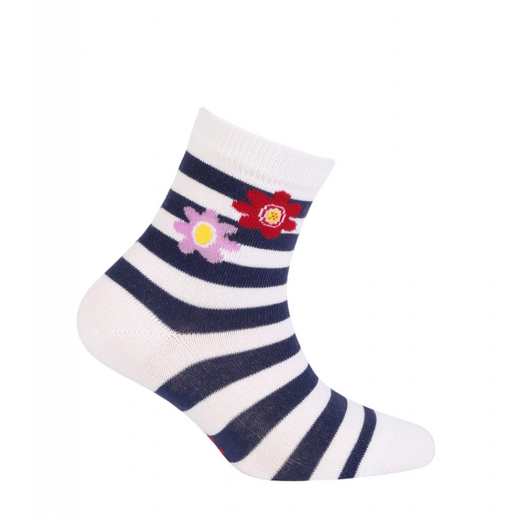 Vzorované dievčenské ponožky WOLA KVETINKY biele