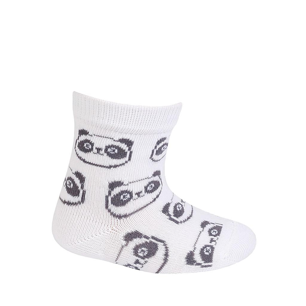 Dojčenské chlapčenské vzorované ponožky WOLA PANDY biele