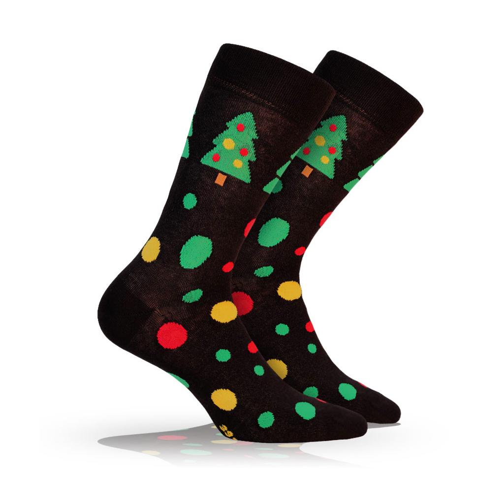 Pánske ponožky s vianočným motívom WOLA VIANOČNÉ STROMČEKY čierne