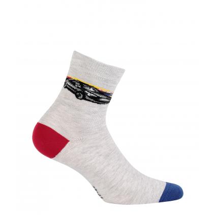 Chlapčenské ponožky so vzorom WOLA ŠPORTOVÉ AUTO svetlošedé