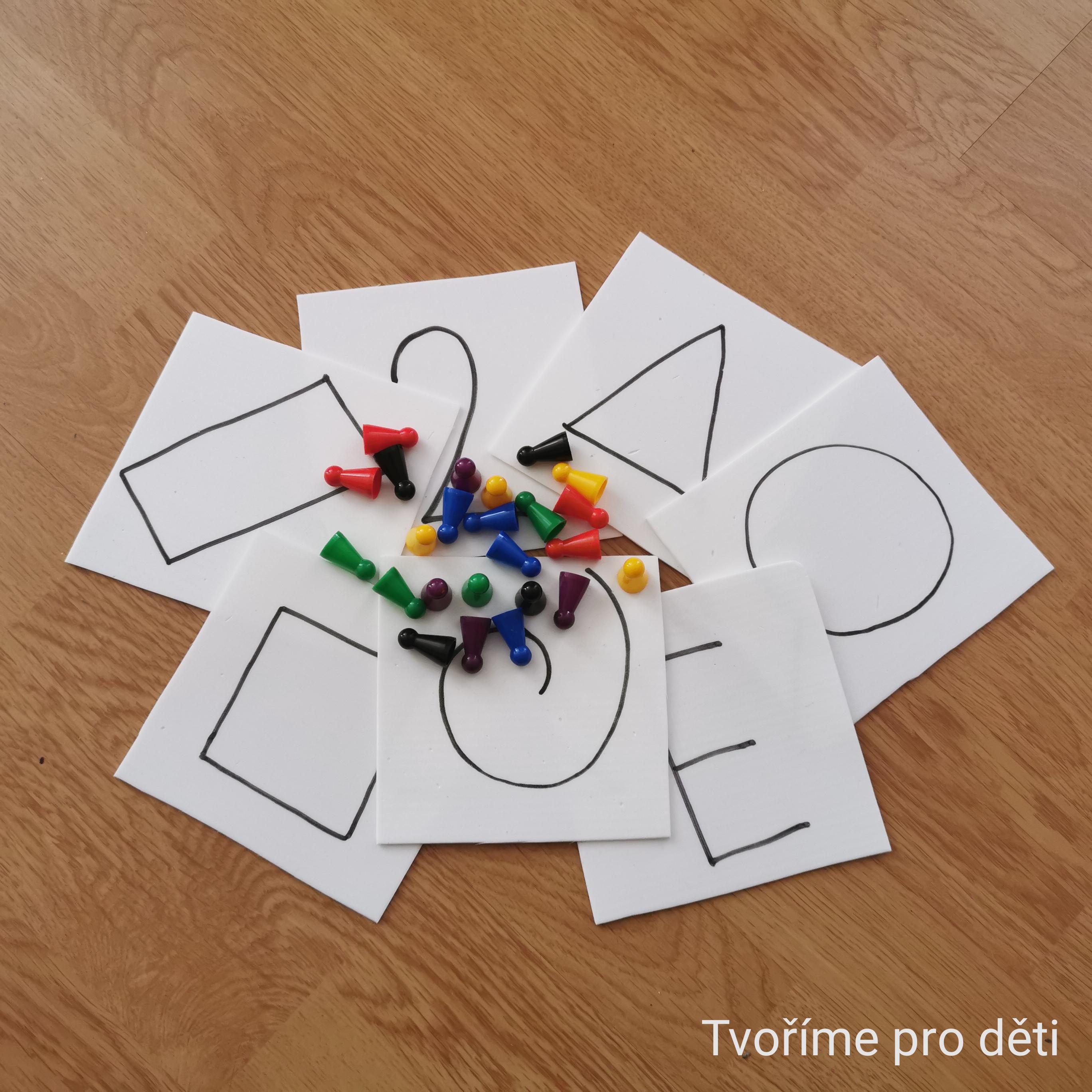 Tvoříme pro děti - Skládání obrysů