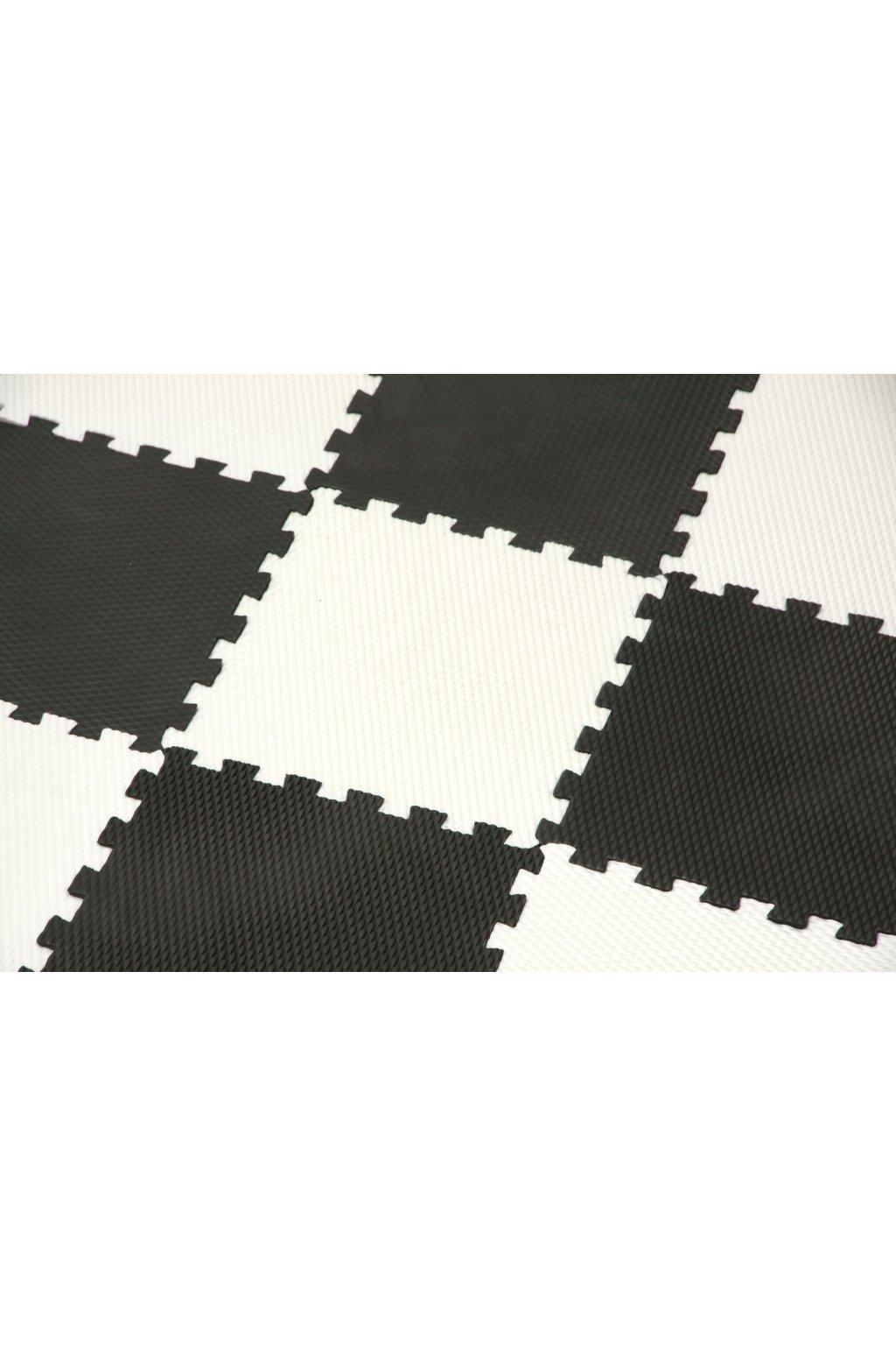 Pěnový koberec