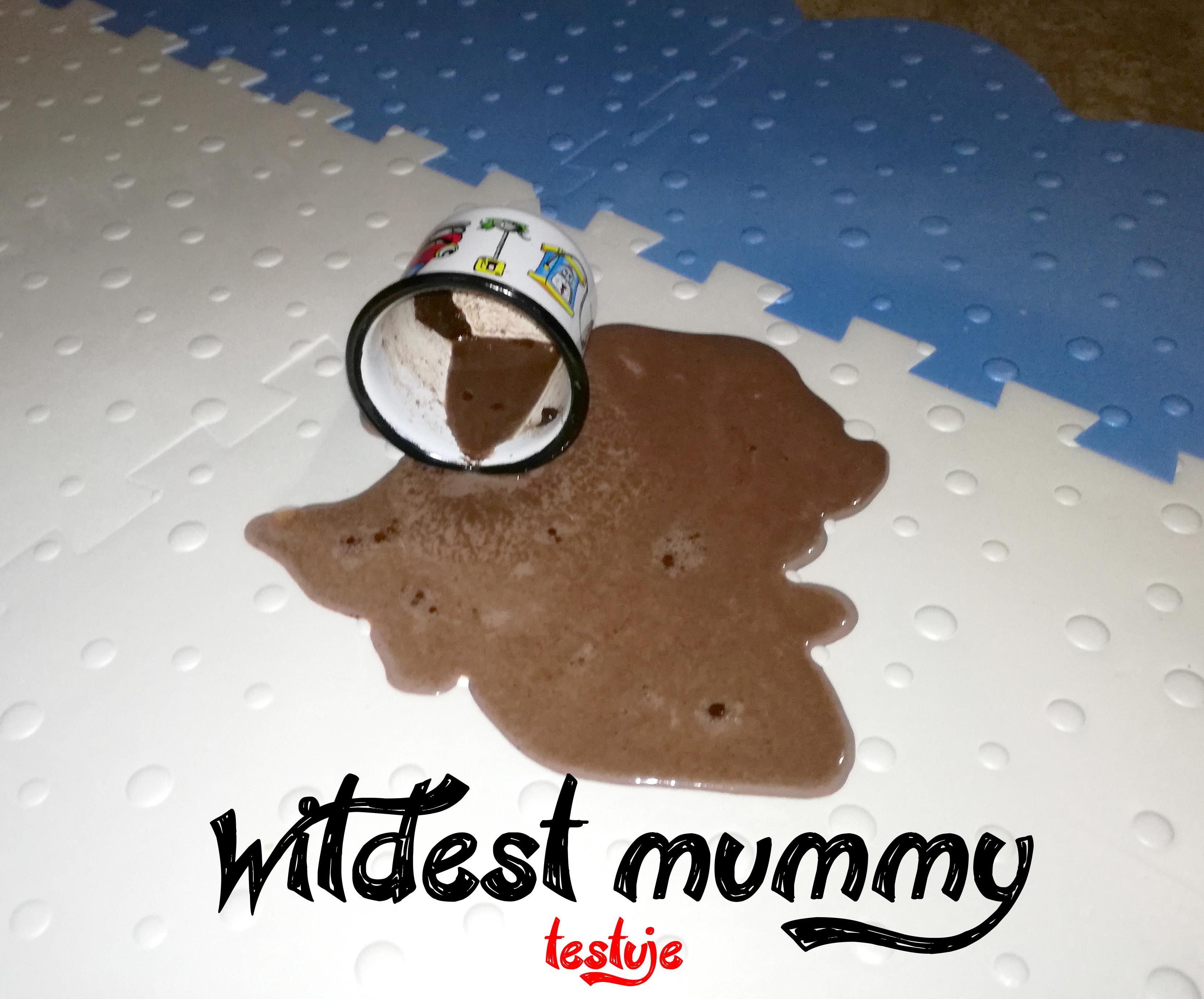 Wildest _mummy testuje pěnovou podlahu Princess
