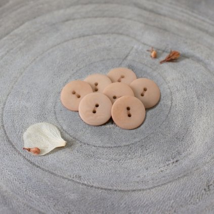 Palm Buttons Maple 14990