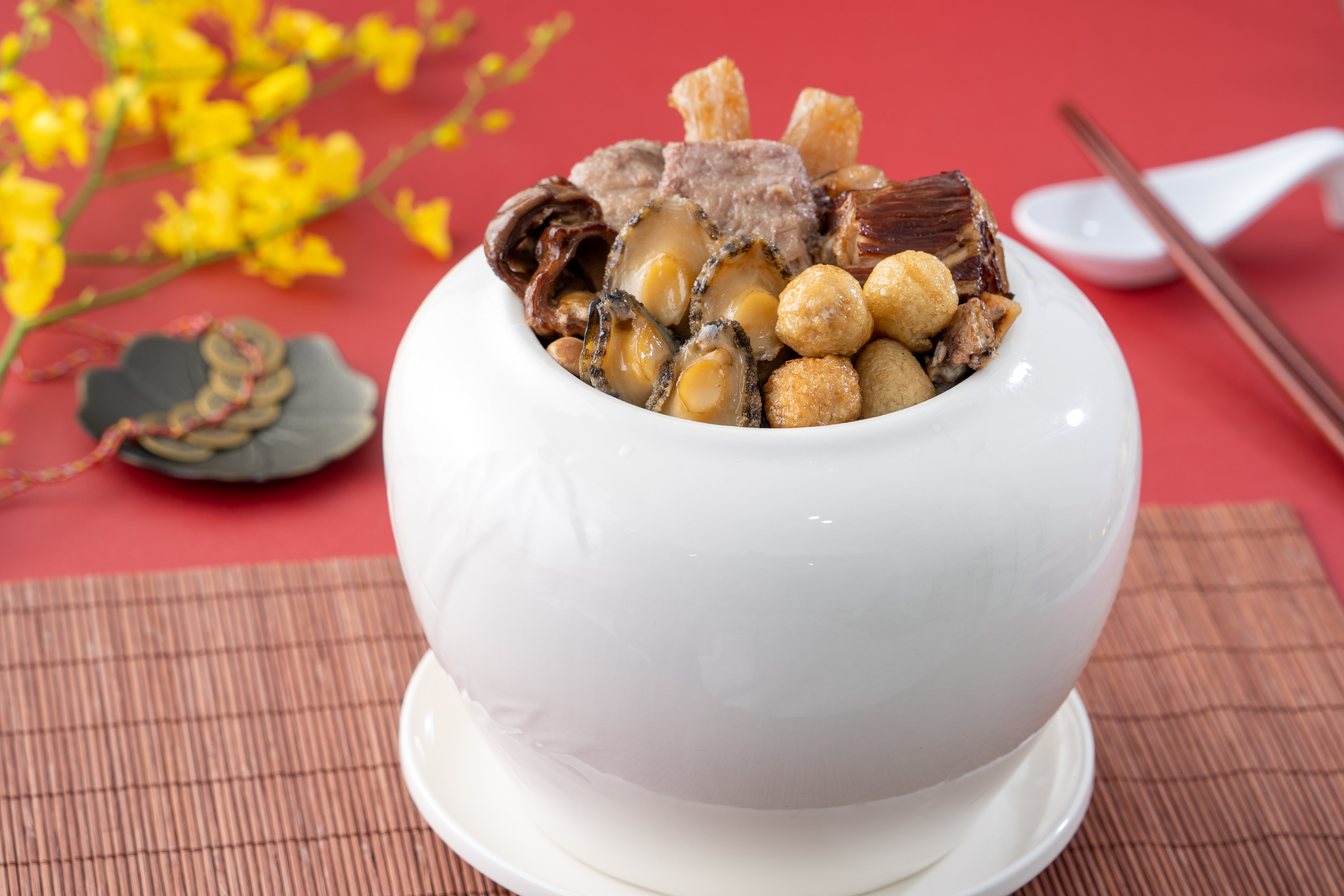 traditional-food-chinese-lunar-new-year-named-fo-tiao-qiang