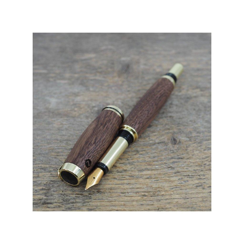 luxusni drevene plnici pero Portland S Americky Orech zlate (9)