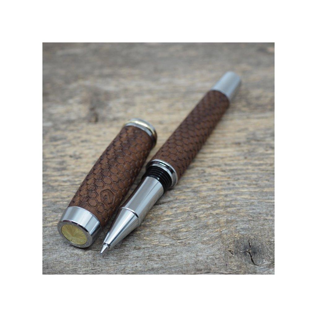 Dřevěné kuličkové pero Portland L - Hexagony - Americký ořech