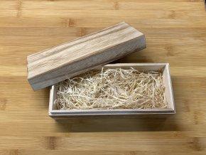 Dřevěná dárková krabička na pero
