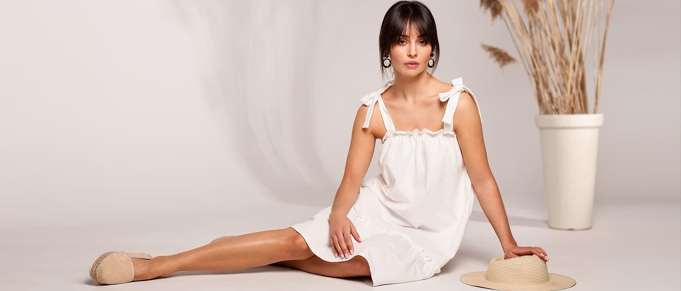 Dámská móda - Dámské Oblečení a Šaty Levně