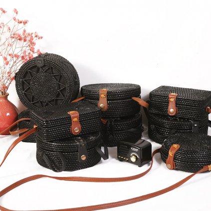 Černá slamová letní kabelka (1)