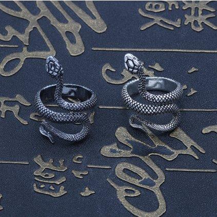 Modní masivní prsten ve tvaru hada (1)