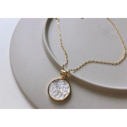 Modní náhrdelník s přívěskem (1)