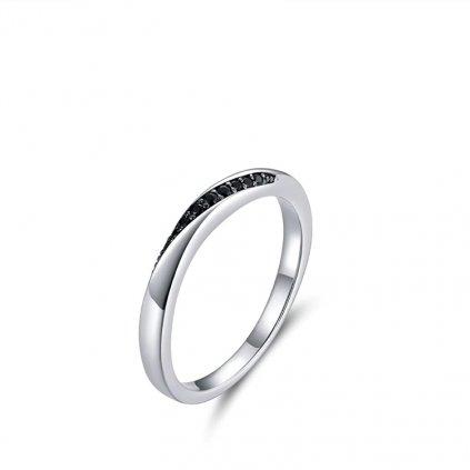 Nádherný minimalistický prsten ze stříbra se zirkony (1)