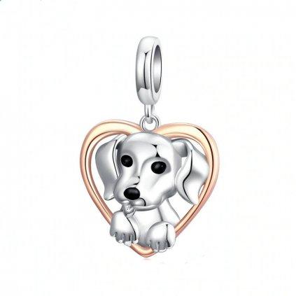 Stříbrný přívěsek štěně v pozlaceném srdíčku (1)