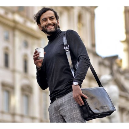 Kožená taška přes rameno kabelka na notebook z přírodní kůže