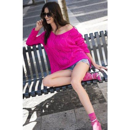 Prolamovaný svetr amarantový pulovr s dírkami odhalující rameno