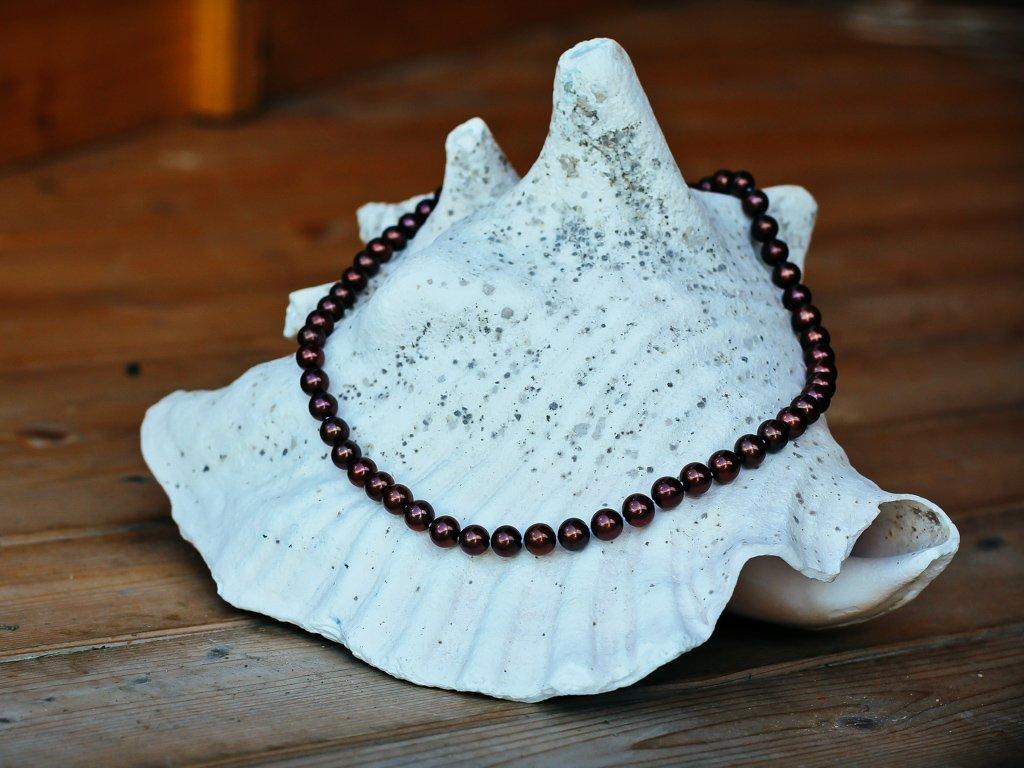 perlový náhrdelník tmavě hnědý