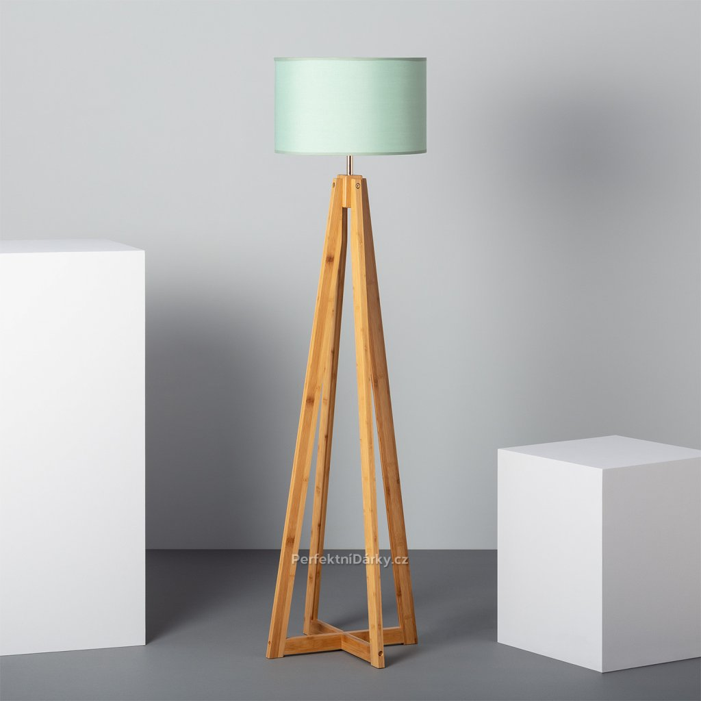 korsade floor lamp