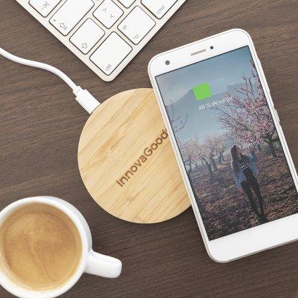 Bambusová bezdrátová nabíječka