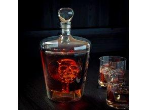Karafa na destiláty