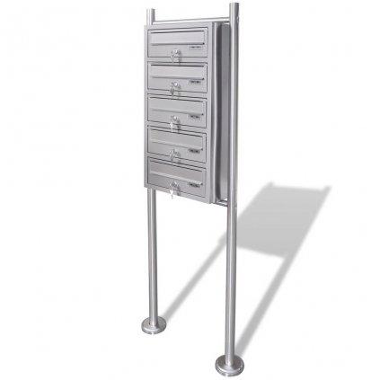 Poštovní schránky - 5x - na stojanu z nerezové oceli