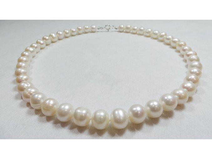 Perly náhrdelník jako radost