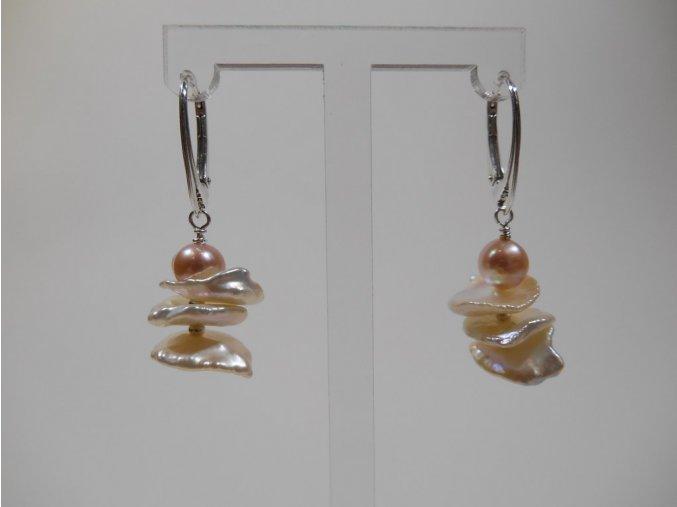 Náušnice z keshi a lososové perly