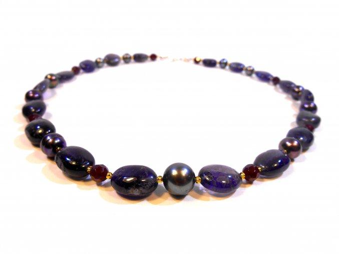 Náhrdelník iolit almandin s perlou
