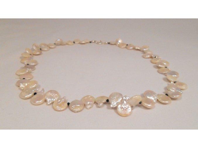 Náhrdelník perlový placky