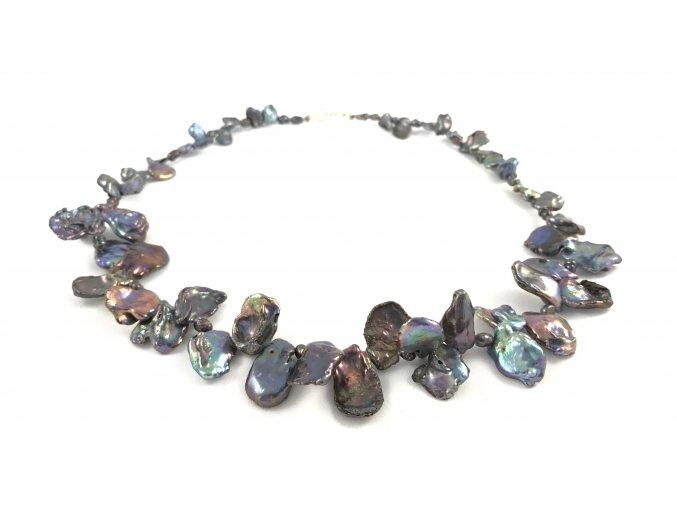 Tmavý perlový náhrdelník keshi