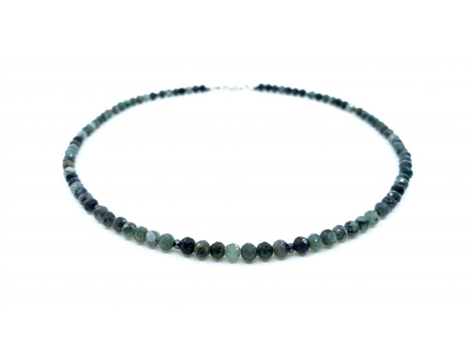 Smaragdový náhrdelník s horninou