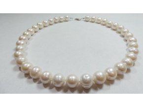 Perlový náhrdelník jako dárek