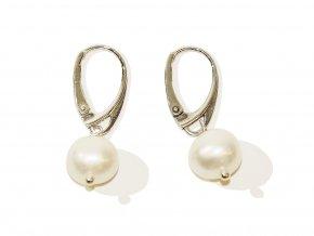 Náušnice ze středně velkých bílých kulatých perel