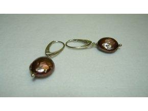 Náušnice z placatých zlatohnědých perel