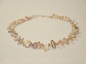 Perlový náhrdelník keshi