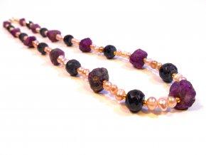 Perly a rubín ideální kombinace