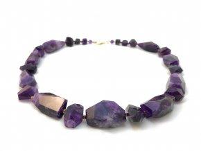 Velký broušený ametystový náhrdelník