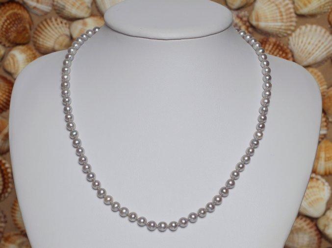 náhrdelník ze sladkovodních perel 5-5,5 mm se stříbrným uzávěrem
