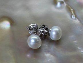 zlaté náušnice se sladkovodními perlami buton 6-6,5 mm na šroubek či puzetu