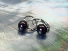 zlaté náušnice se sladkovodními barvenými perlami buton 8-8,5 mm na patent