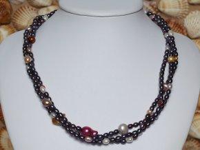 náhrdelník ze sladkovodních perel se stříbrným uzávěrem