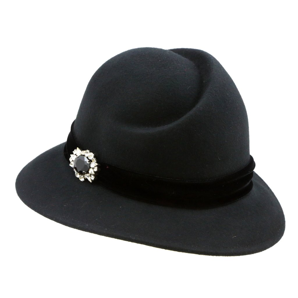 Dámský klobouk s broží